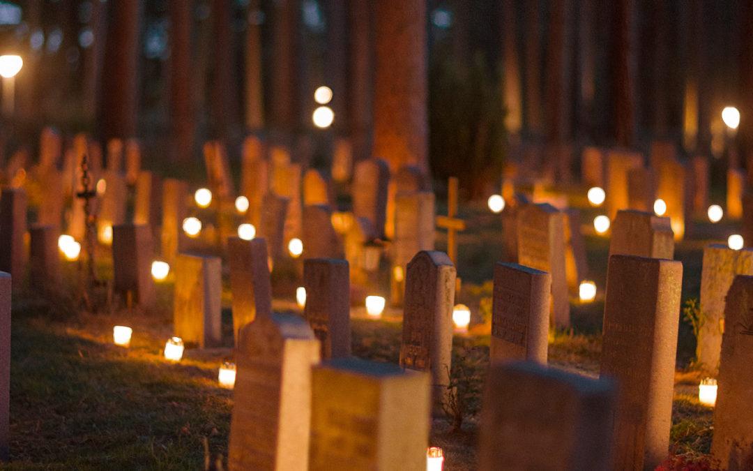 """""""En dag ska vi alla dö, alla andra dagar ska vi leva…"""" Hans Stipek föreläser om livet, döden och allt däremellan."""